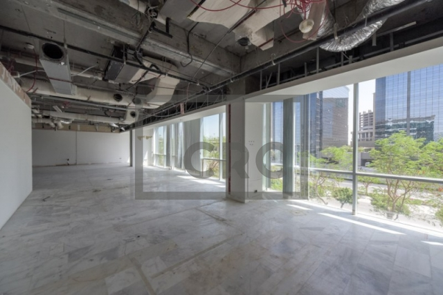 4,807 sq.ft. Office in Sheikh Zayed Road, Emaar Business Park Building 4 for AED 528,770