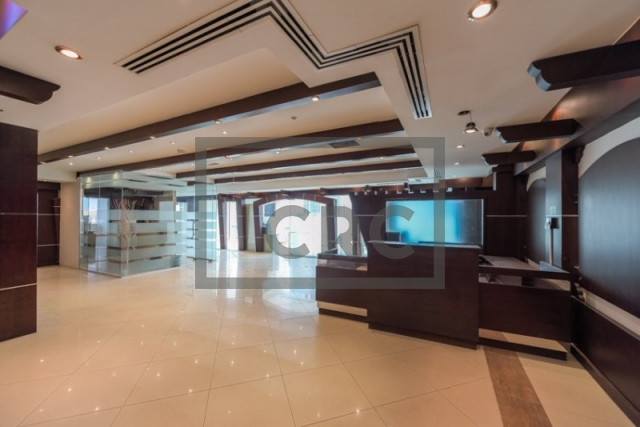 3,257 sq.ft. Office in Sheikh Zayed Road, Emaar Business Park Building 4 for AED 358,270