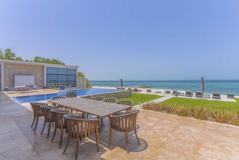 5 Bedroom Villa For Sale in  Water Villa,  Nurai Island   3