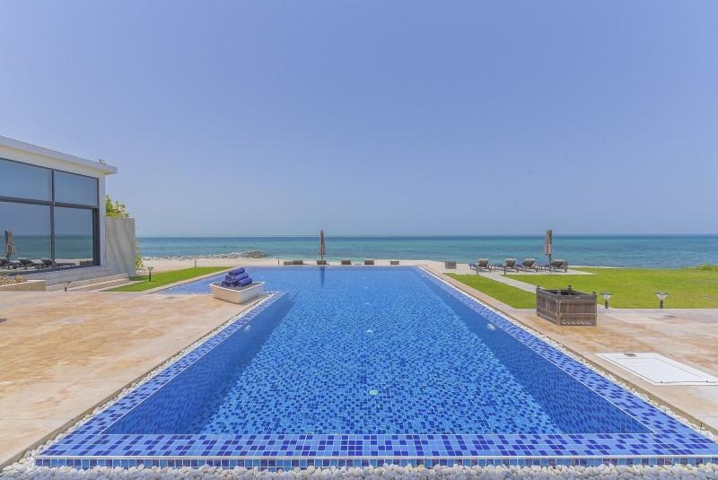 5 Bedroom Villa For Sale in  Water Villa,  Nurai Island   5