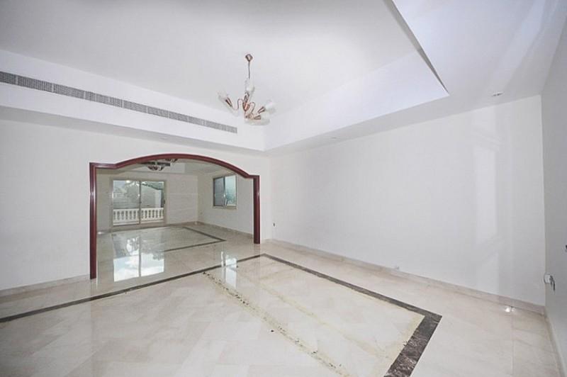 6 Bedroom Villa For Sale in  Al Barsha 2,  Al Barsha   2