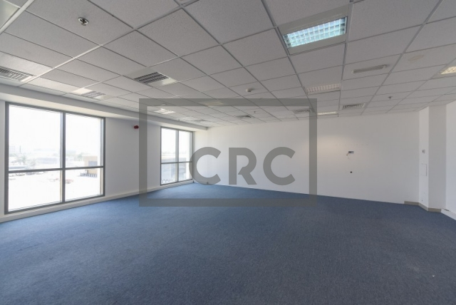 822 sq.ft. Office in Dubai Investment Park, European Business Center for AED 55,000