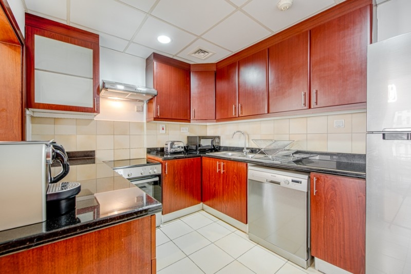 2 Bedroom Apartment For Rent in  Shams 4,  Jumeirah Beach Residence   9