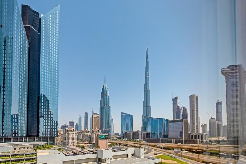 Dusit Hotel, Sheikh Zayed Road