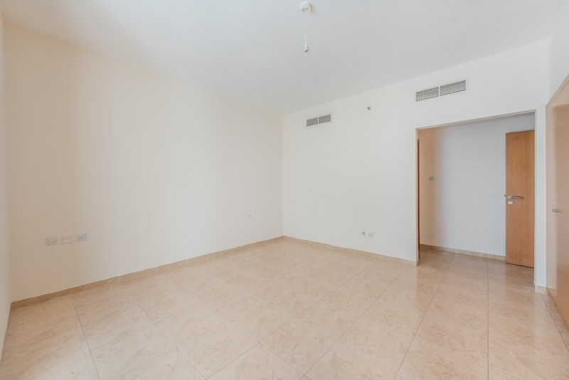3 Bedroom Apartment For Rent in  Dusit Hotel,  Sheikh Zayed Road | 5