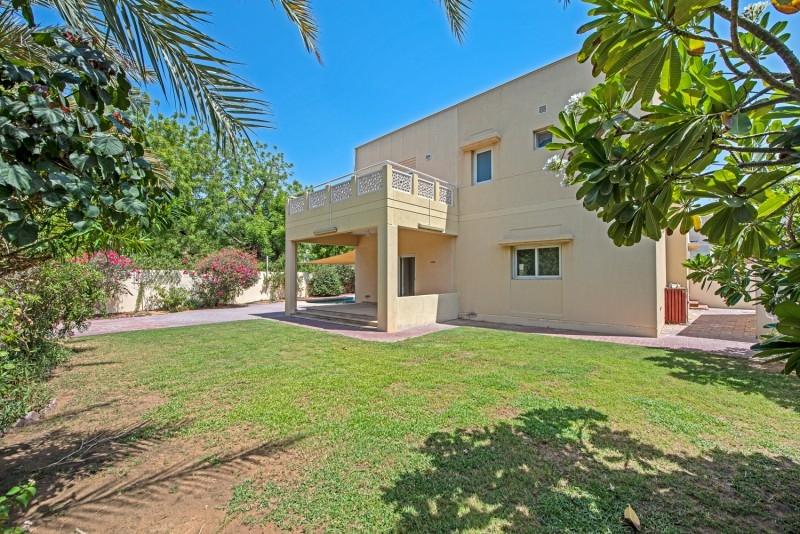 4 Bedroom Villa For Rent in  Meadows 9,  Meadows | 5