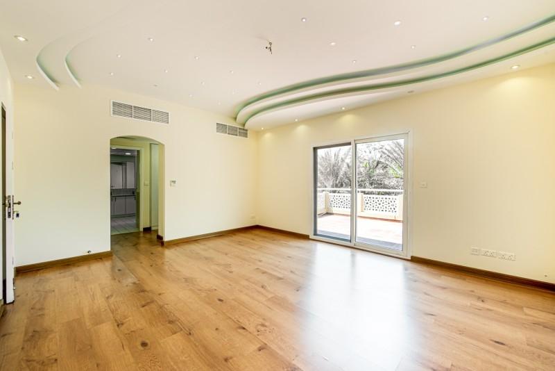 4 Bedroom Villa For Rent in  Meadows 9,  Meadows | 11