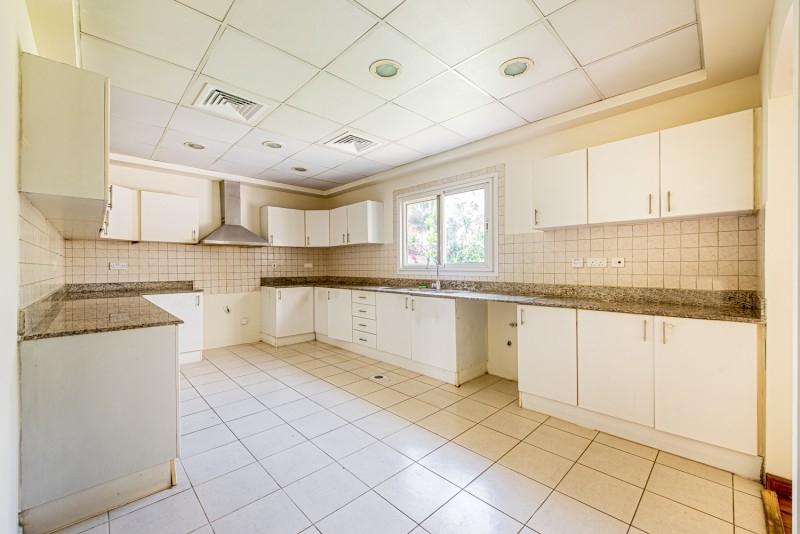 4 Bedroom Villa For Rent in  Meadows 9,  Meadows | 15