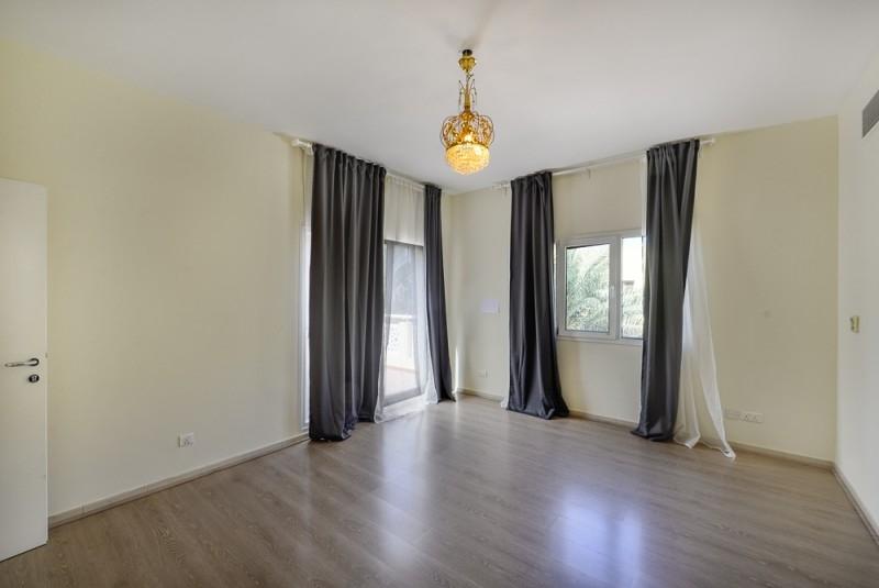 4 Bedroom Villa For Sale in  Meadows 2,  Meadows | 2