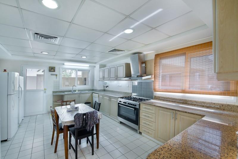 4 Bedroom Villa For Sale in  Meadows 2,  Meadows | 0