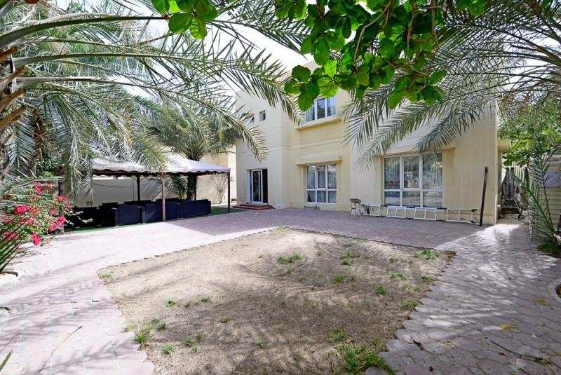 4 Bedroom Villa For Sale in  Meadows 2,  Meadows | 5