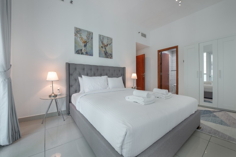 1 Bedroom Apartment For Short Term Rental in  Marina Pinnacle,  Dubai Marina   6