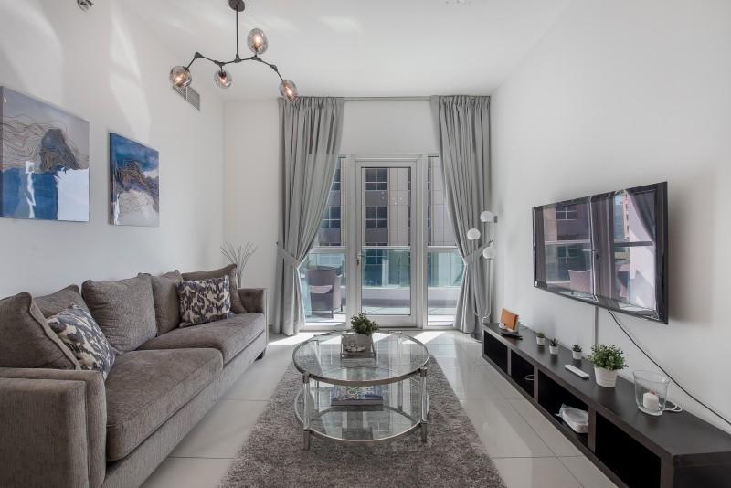 1 Bedroom Apartment For Short Term Rental in  Marina Pinnacle,  Dubai Marina   0