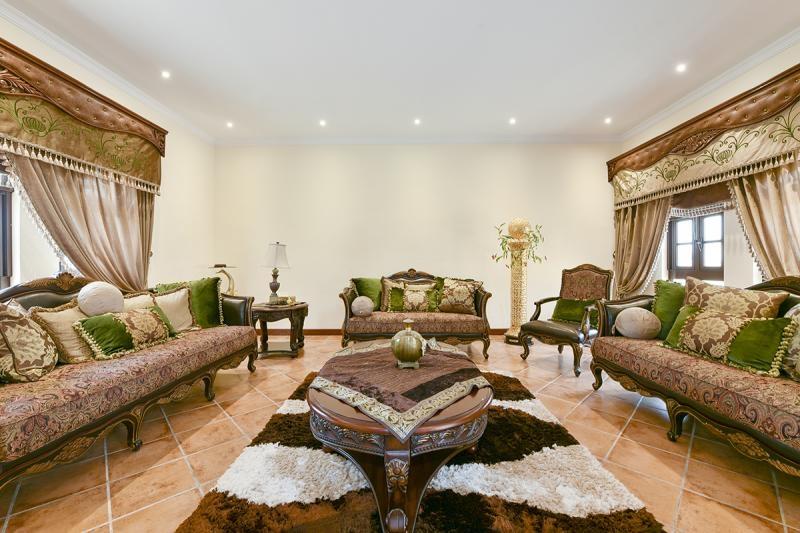 5 Bedroom Villa For Rent in  The Aldea,  The Villa | 6