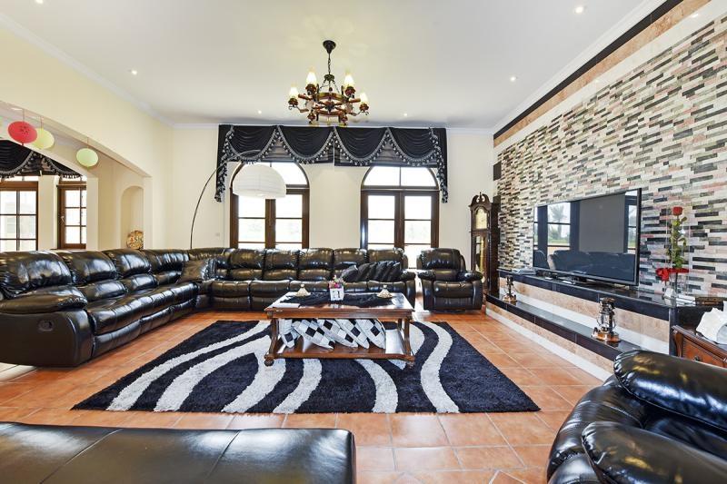 5 Bedroom Villa For Rent in  The Aldea,  The Villa | 4