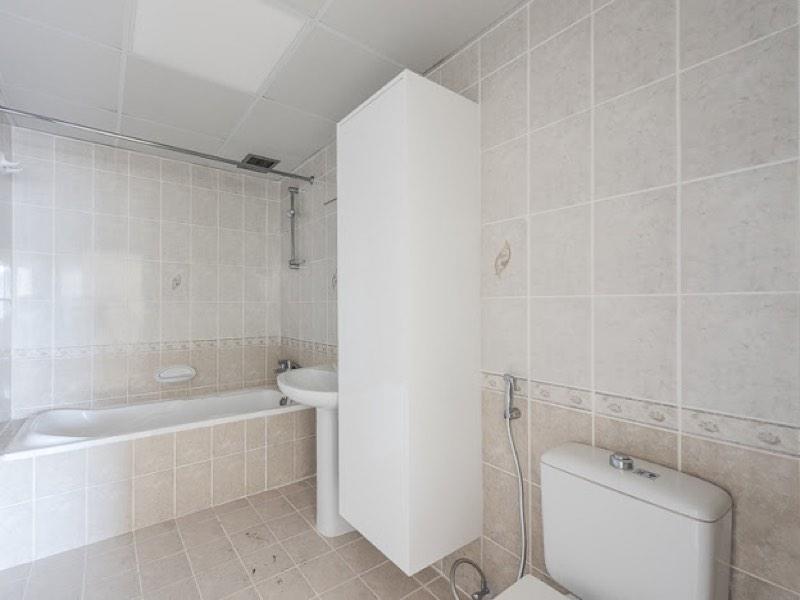3 Bedroom Apartment For Rent in  Riggat Al Buteen,  Deira   7