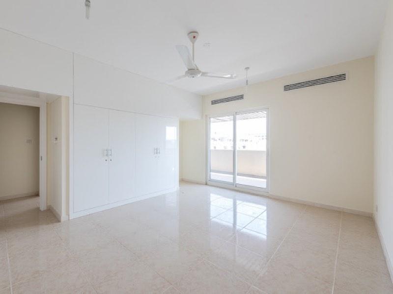 3 Bedroom Apartment For Rent in  Riggat Al Buteen,  Deira   5