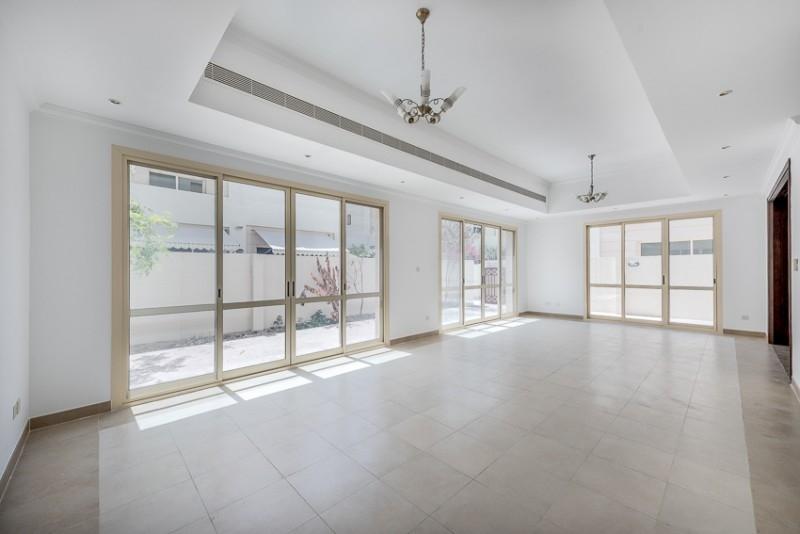 3 Bedroom Villa For Rent in  Bayti 40,  Al Barsha   0