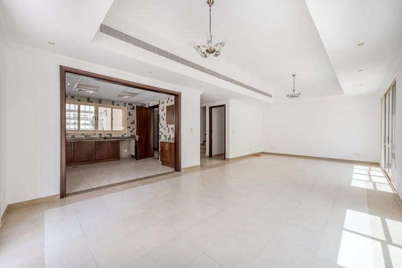 3 Bedroom Villa For Rent in  Bayti 40,  Al Barsha   1