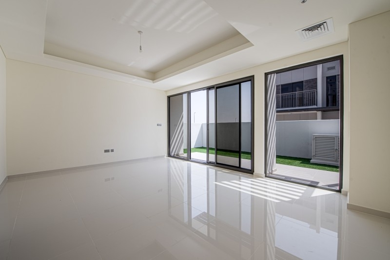 3 Bedroom Townhouse For Rent in  Aster,  The Roots Akoya Oxygen   3