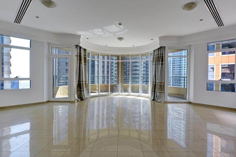 3 Bedroom Apartment For Sale in  Marina Crown,  Dubai Marina | 2