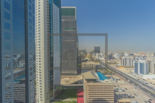 office for rent in sheikh zayed road, conrad commercial tower   12