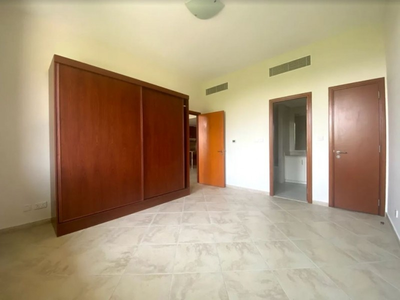 1 Bedroom Apartment For Rent in  Weston Court 1,  Motor City | 2