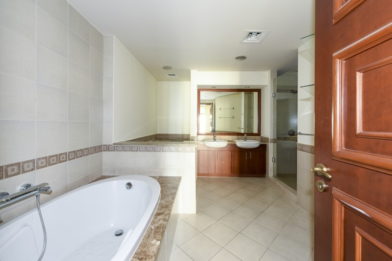 2 Bedroom Apartment For Sale in  Golden Mile 7,  Palm Jumeirah   6
