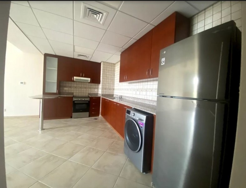 1 Bedroom Apartment For Rent in  Weston Court 1,  Motor City   2