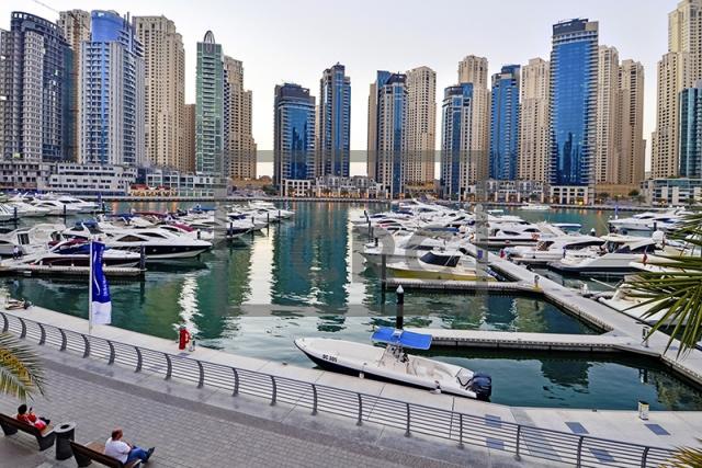 retail for rent in dubai marina, marina promenade (all)   13