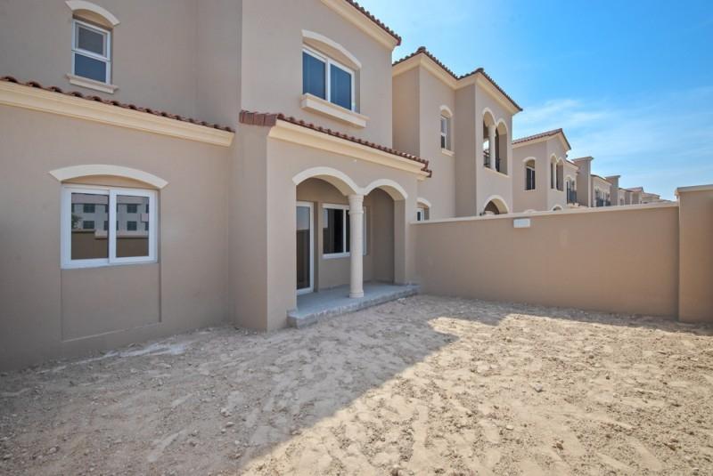 2 Bedroom Townhouse For Sale in  Casa Viva,  Serena   0