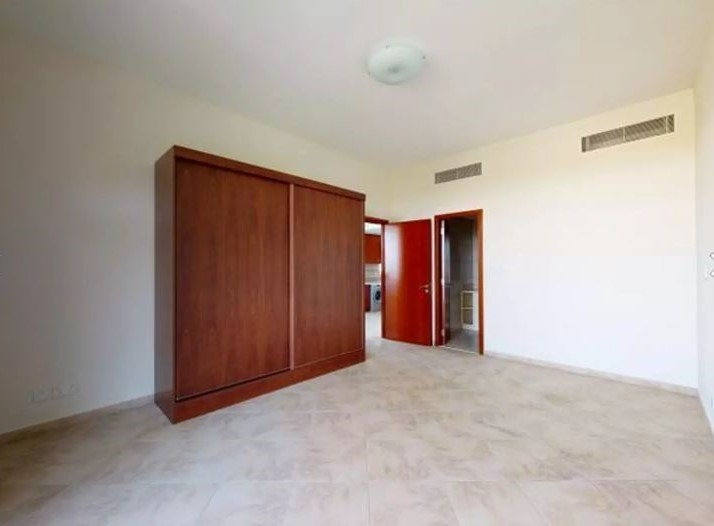1 Bedroom Apartment For Rent in  Easton Court,  Motor City | 2