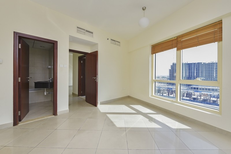1 Bedroom Apartment For Sale in  Icon Tower 2,  Jumeirah Lake Towers   4