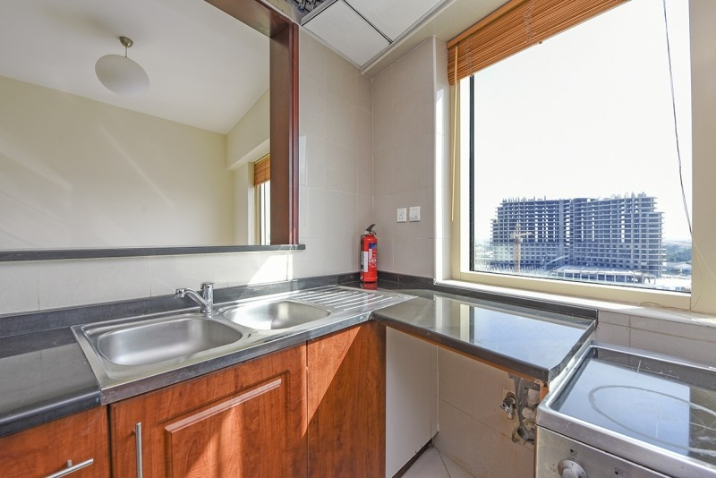 1 Bedroom Apartment For Sale in  Icon Tower 2,  Jumeirah Lake Towers   2