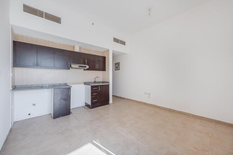 Studio Apartment For Sale in  Silicon Gate 1,  Dubai Silicon Oasis | 5