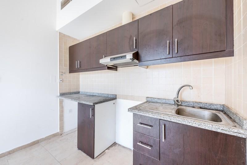Studio Apartment For Sale in  Silicon Gate 1,  Dubai Silicon Oasis | 3