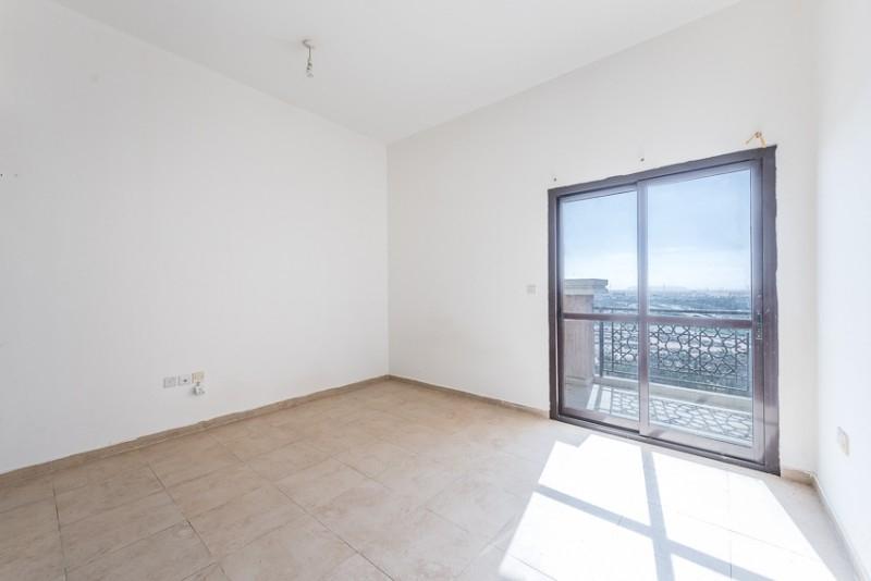 Studio Apartment For Sale in  Silicon Gate 1,  Dubai Silicon Oasis | 0