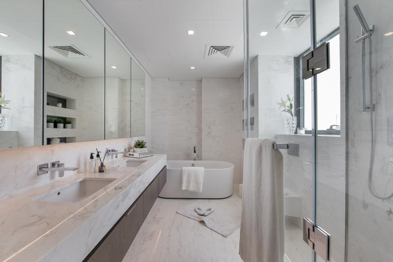 4 Bedroom Penthouse For Sale in  Liv Residence,  Dubai Marina | 16