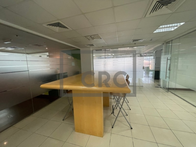 office for rent in al barsha, zarouni building   14