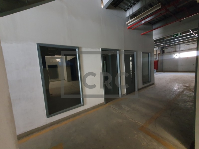 7,800 sq.ft. Warehouse in Al Qusais, Al Qusias Industrial Area 5 for AED 250,000