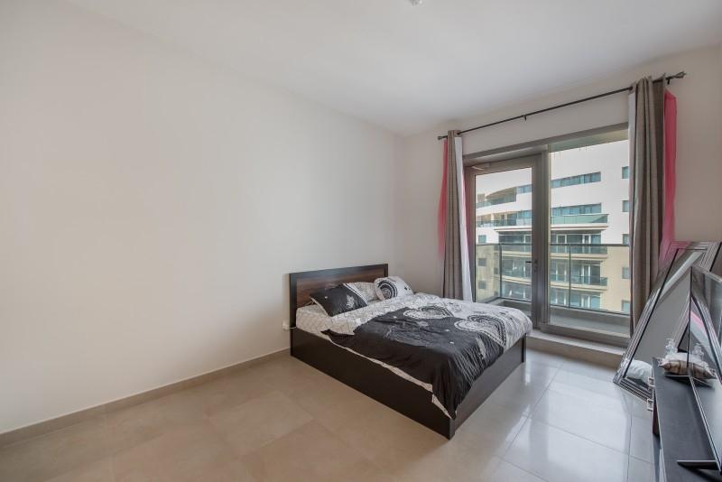 Studio Apartment For Sale in  Sparkle Tower 2,  Dubai Marina   3