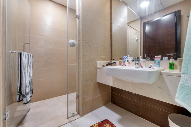 Studio Apartment For Sale in  Sparkle Tower 2,  Dubai Marina   8
