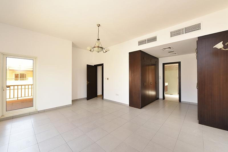 5 Bedroom Villa For Sale in  Hacienda,  The Villa   4