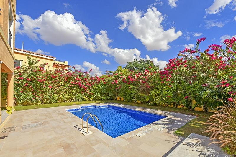 5 Bedroom Villa For Sale in  Hacienda,  The Villa   1