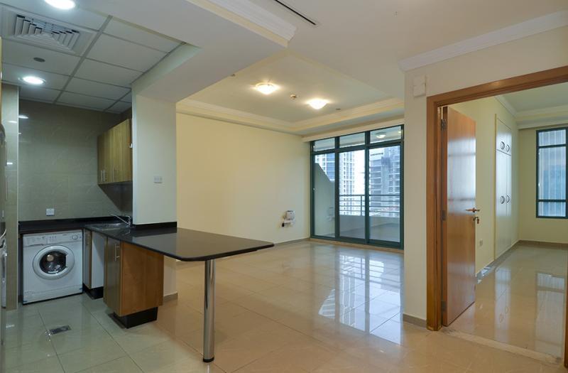 1 Bedroom Apartment For Sale in  Marina Crown,  Dubai Marina   0