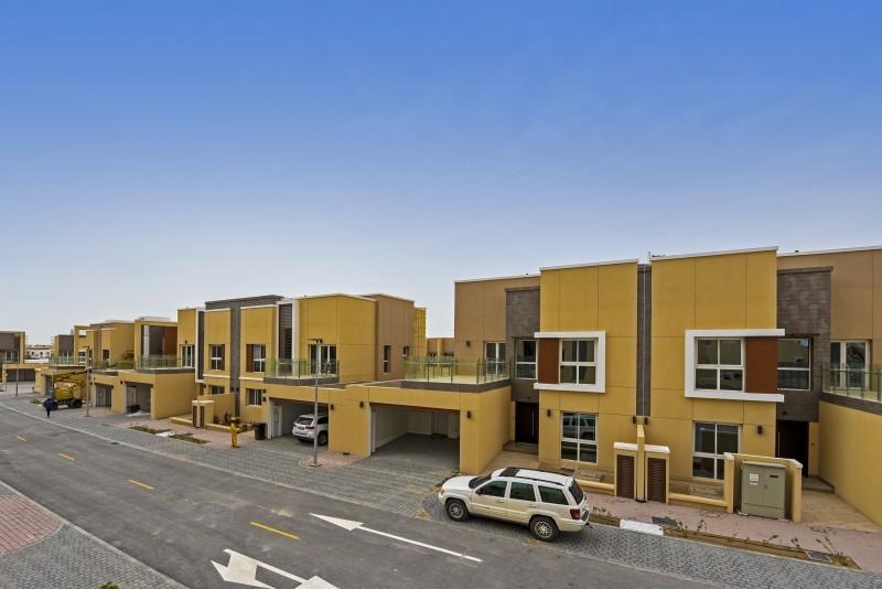 4 Bedroom Villa For Sale in  Villa Lantana 1,  Al Barsha | 7