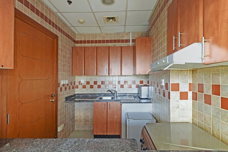 1 Bedroom Apartment For Sale in  Dream Tower 1,  Dubai Marina | 4