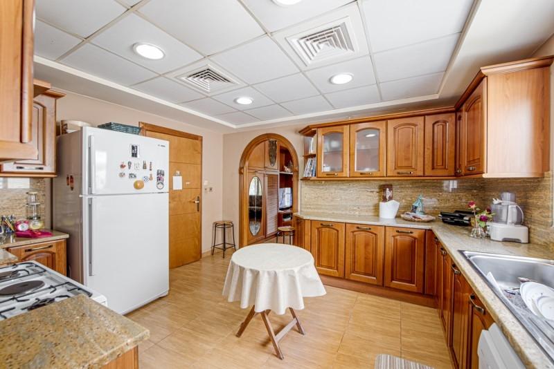 5 Bedroom Villa For Sale in  Meadows 1,  Meadows   3