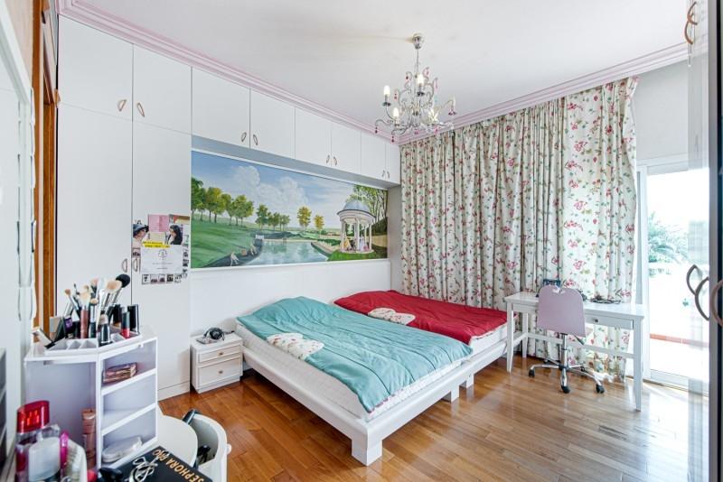 5 Bedroom Villa For Sale in  Meadows 1,  Meadows   4