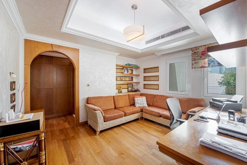 5 Bedroom Villa For Sale in  Meadows 1,  Meadows   2